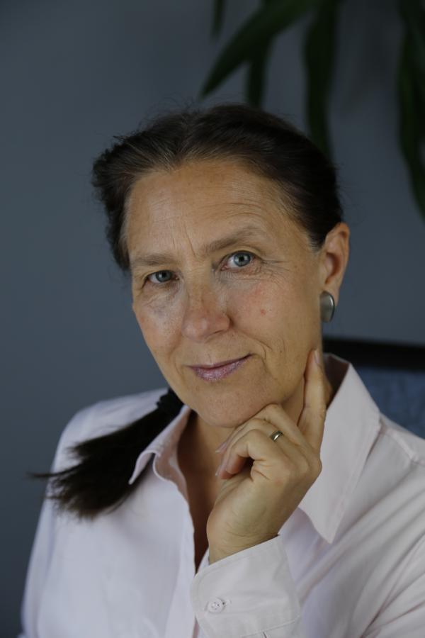 Texterin Martina Roters (Porträtbild)